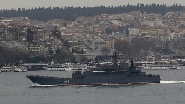 Independent: Военные корабли России в Босфоре нервируют и интригуют турок