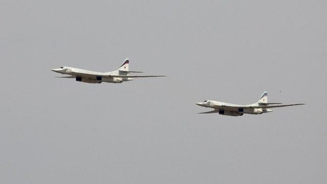 NouvelObs: Российские Ту-160 поиграли с истребителями НАТО в кошки-мышки