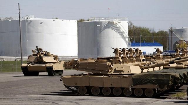 Forbes: Россия подала Америке отличный пример военной экономии