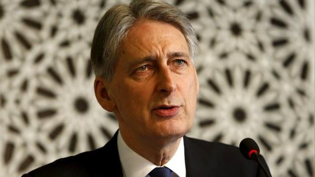 Глава британского МИД обвинил Путина в жестоком обращении с «сирийской женой»