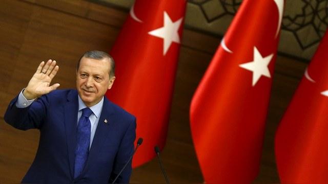 JP: Эрдогана надо изолировать, пока он не «помог» Путину развалить НАТО