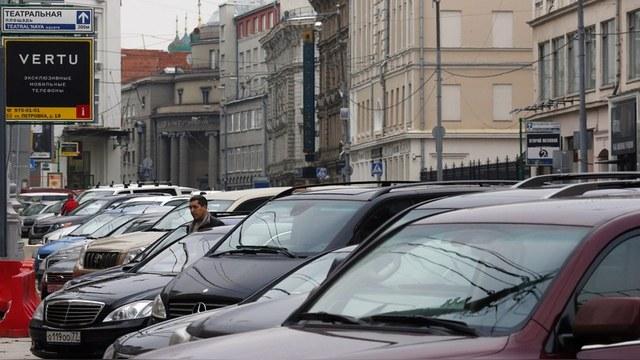 Ostexperte: Русская смекалка помогает москвичам экономить на парковке