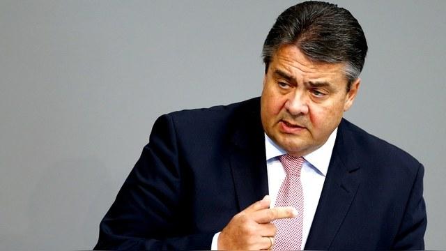 Вице-канцлер ФРГ: Берлину необходимо перезагрузить диалог с Москвой