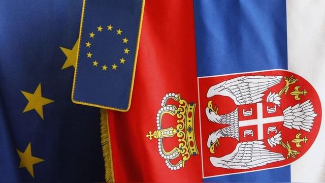 EurActiv: Санкции против России вводил ЕС, а страдает Сербия