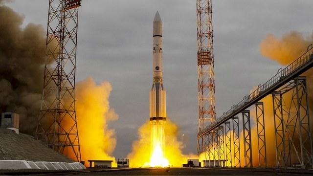 PM: Космическое ноу-хау России – огромная деревянная спичка