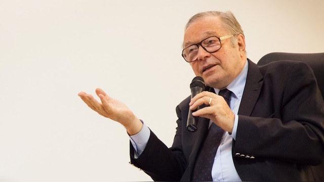 Занусси покинул польско-российский форум под давлением Варшавы