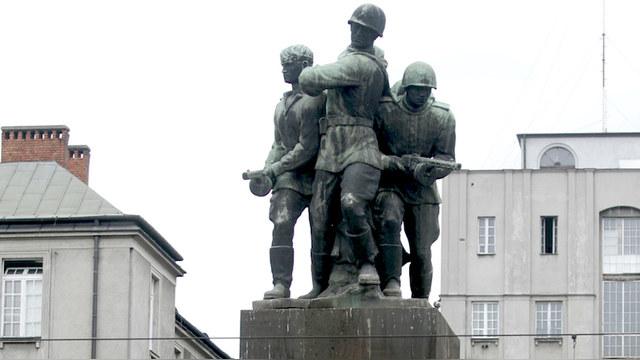Onet: Снос 500 советских памятников лишит Москву топлива для пропаганды