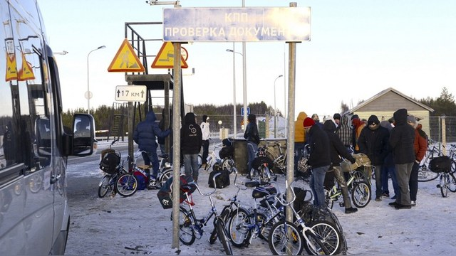 NYT: Россия запугивает Финляндию беженцами, чтобы оттолкнуть ее от НАТО