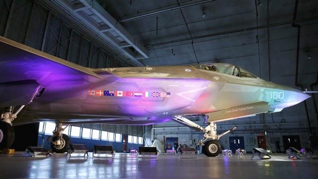 Defense News: США покажет Европе, чем защитит ее от новых угроз