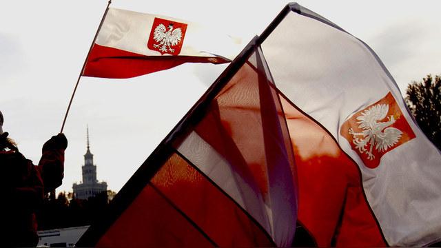 Gazeta Wyborcza: Защищая памятники, Россия культивирует традиции коммунизма