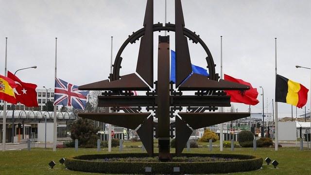 Times: Америка возмущена неблагодарностью Европы