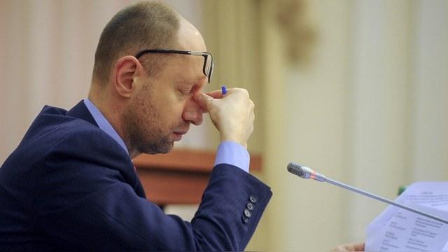 Politico: Уход Яценюка не спасет Украину от хождения по мукам
