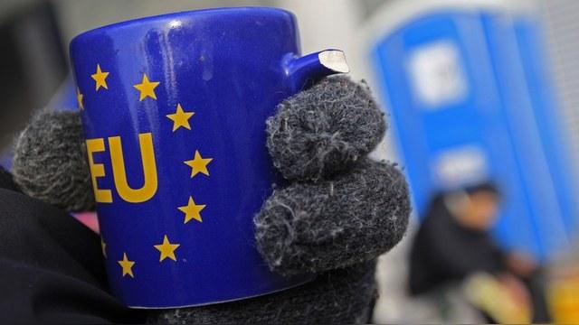 BI: Инертность в отношениях с Москвой грозит Евросоюзу исчезновением