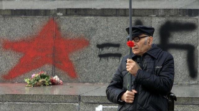 Wirtualna Polska: Россия нашла главного «осквернителя» советских памятников