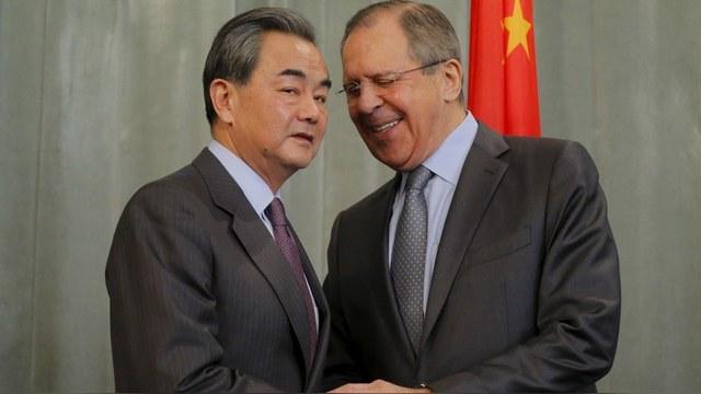 Москва и Пекин показали Вашингтону, что в Южно-Китайском море он третий лишний