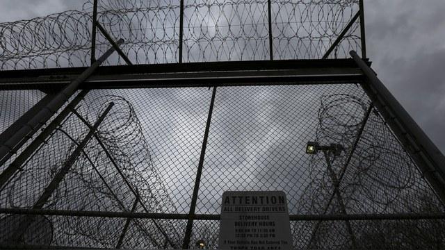 Fox 5: В американском изоляторе по неизвестной причине умер россиянин