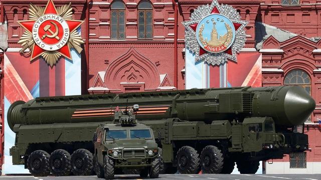 National Interest: Пора отбить у РФ охоту угрожать миру ядерной дубинкой