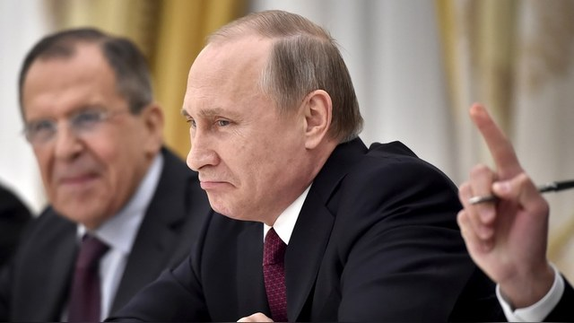 Le Dauphiné Libéré: Путин не силен в поп-музыке, его репертуар – военные марши