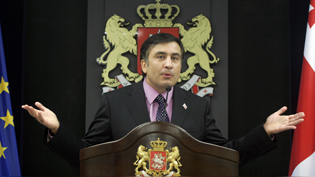 Обозреватель: Саакашвили собирается вернуться в грузинскую политику