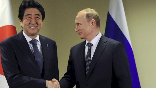 Forbes: Абэ вернул бы Россию в G7 – лишь бы «отдалить» ее от Китая