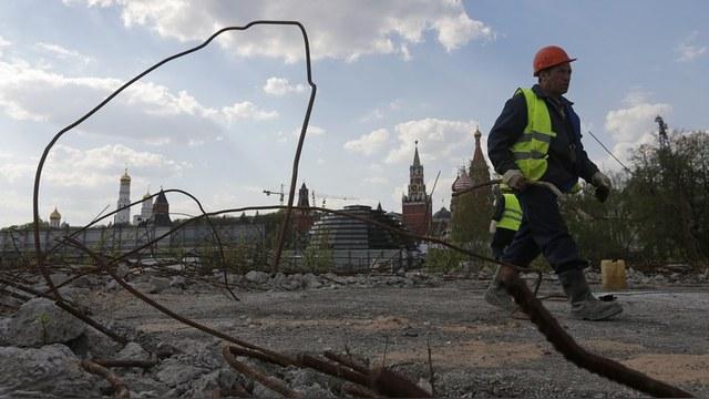 SZ: За реконструкцию Тверской москвичи платят пробками и нервами