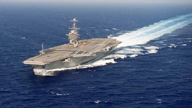 WSJ: Американский авианосец показал России военную мощь США