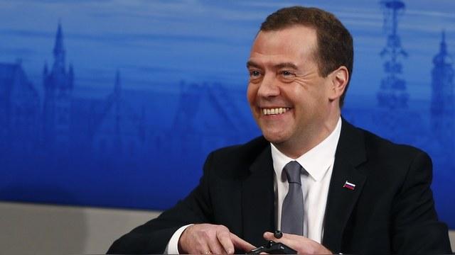 Financial Times: Над изречением Медведева россияне смеются уже по привычке