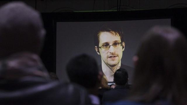Bild: Немецкие спецслужбы заподозрили Сноудена в шпионаже на Россию