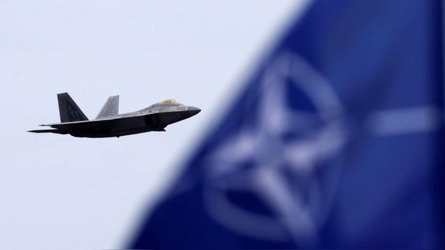 Week: У России против НАТО нет шансов в любой войне, кроме ядерной