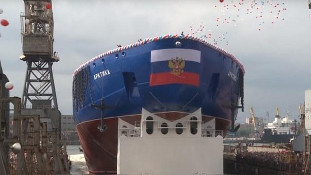 RFE: Новый ледокол России обеспечит круглогодичное судоходство в Арктике