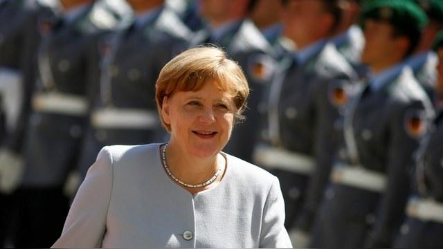 DWN: Германия вооружается, потому что не может положиться на США
