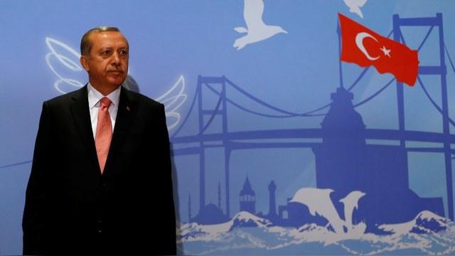 NYT: Эрдоган извинился перед Путиным от отчаяния и одиночества