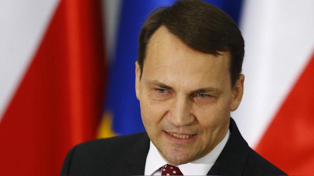 Сикорский: В будущем и России найдется место в НАТО
