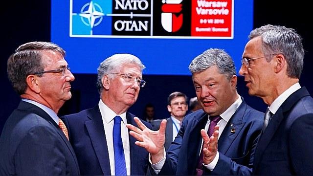 Столтенберг отказал Украине в оружии и посоветовал бороться с коррупцией