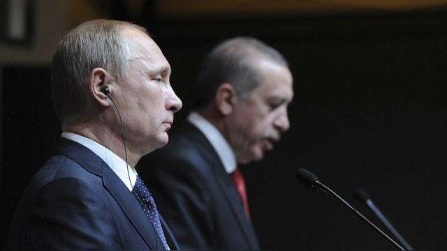 DWN: После путча Россия поддержала Эрдогана, а Запад пригрозил изоляцией