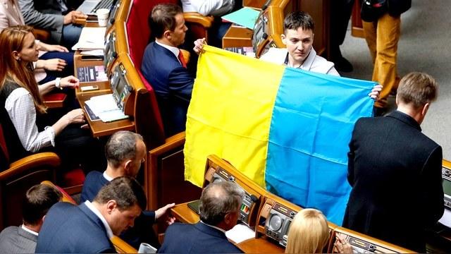 Савченко: Украине нужен диктатор, который вернет власть народа