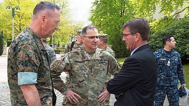 Главком силами НАТО в Европе: Мы не обгоним РФ с модернизацией армии