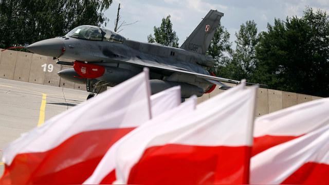TVN24: Перехваченный польскими F-16 россиянин «долетел» до соревнований
