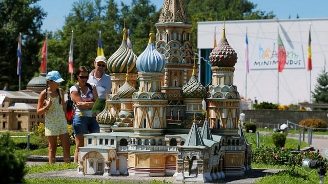 Le Taurillon: Запад демонизирует Россию, потому что не понимает