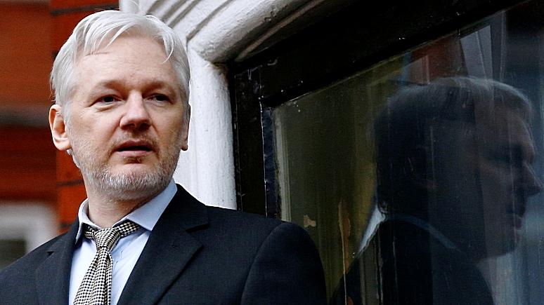 Nettavisen: Информатора Ассанжа могли убить за компромат на Клинтон