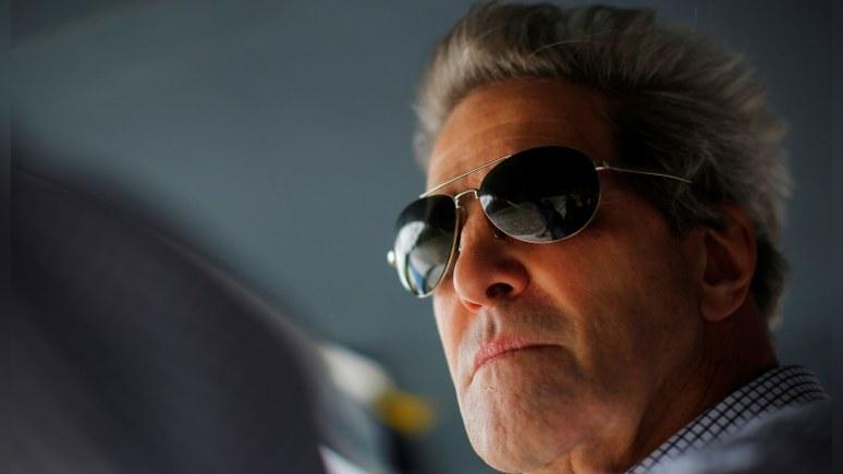 Обозреватель Bloomberg предложил Керри «безумный» план, как поссорить Россию и Иран