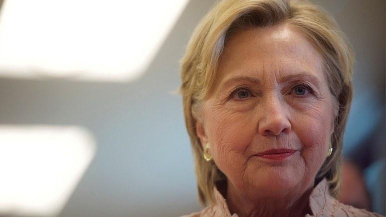 Forbes: «Путинские хакеры» преподнесут Хиллари Клинтон предвыборный сюрприз