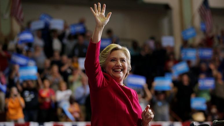 WT: За кресло президента Клинтон, похоже, борется с Путиным, а не Трампом