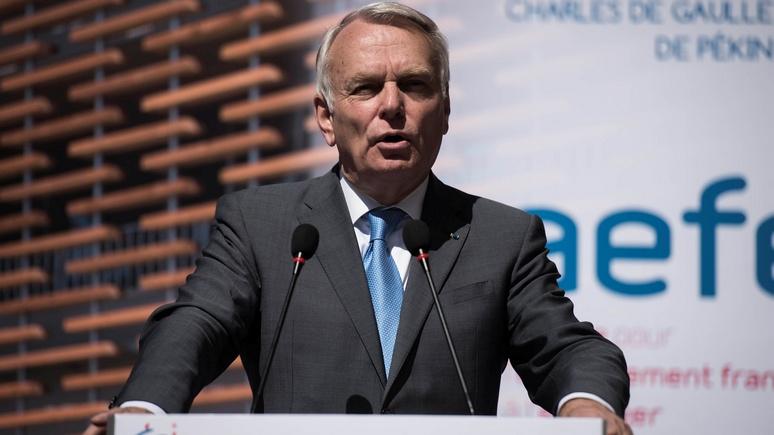 RFI: Глава МИД Франции обвинил Москву в цинизме и пригрозил судом