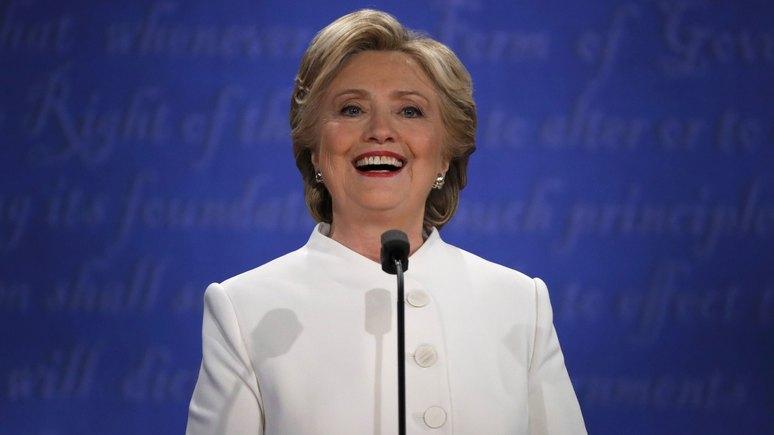 Daily Mail: «Пугающая ухмылка» Клинтон может стоить ей победы на выборах