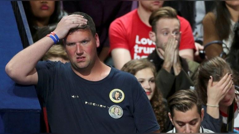 Сводки с избирательных участков в США вызвали панику и желание эмигрировать