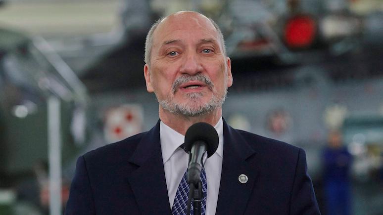 Министр обороны Польши вспомнил об обещании Трампа помочь в смоленском деле