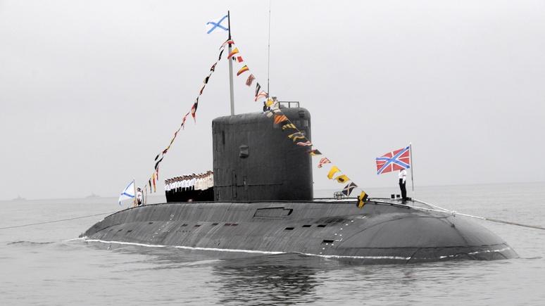 Французский адмирал: Москва демонстративно направляет подлодки к нашим берегам