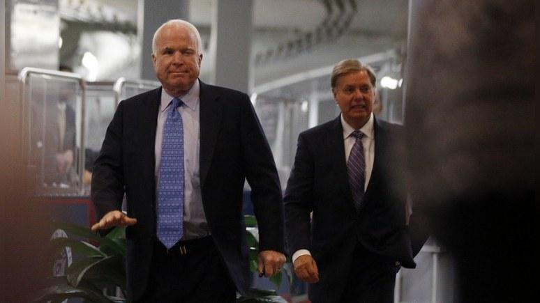 WP: Маккейн и Грэм намерены вывести русских хакеров на чистую воду