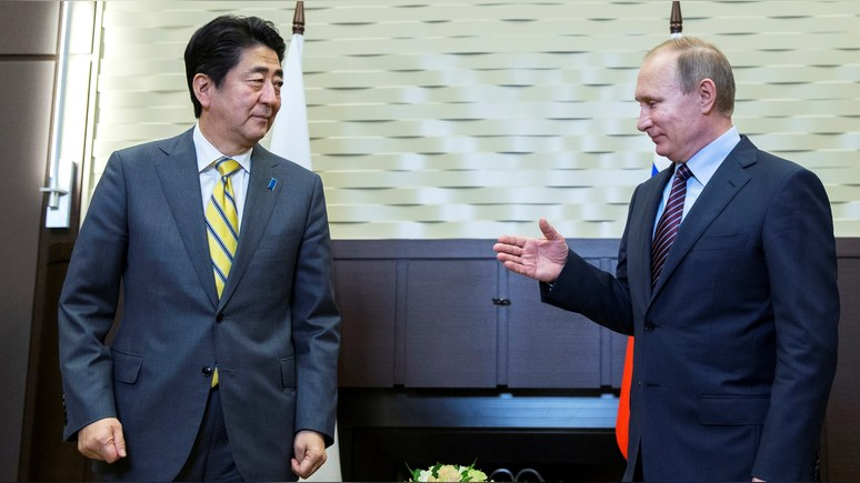 Japan Times: Абэ встретится с Путиным вопреки протестам США